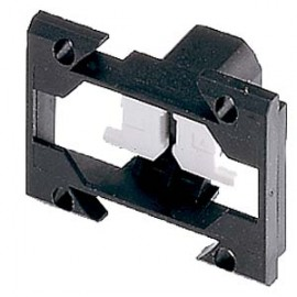 HOLDER FOR SELECTOR SWITCH,KEY- OPER.SWITCH A.TWIN PUSHBUT.FOR SNAPPING ON 3 BLOCKS FOR ACTUATING THE CENTRAL CONTACT BLOCKS Siemens