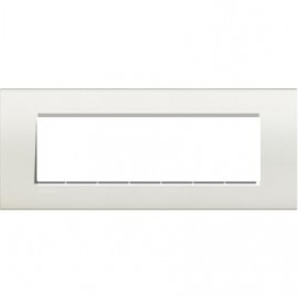 Square cover plate 7 modules - white - material: technopolymer Legrand Bticino Livinglight LNA4807BI