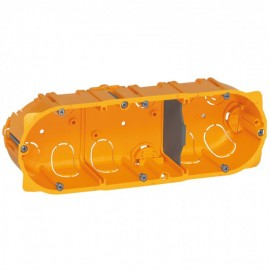 080043 LEGRAND MOSAIC Flush mounting box Batibox - 3 gang German standard - depth 40 mm - dry partitions